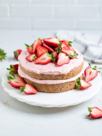 Vegan Strawberry Cake (Dairy/Egg/Dye Free)