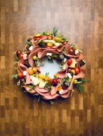 Vegan Antipasto Charcuterie Wreath